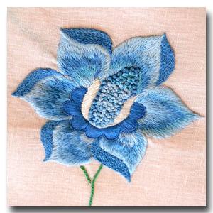 fleur au passé empiétant