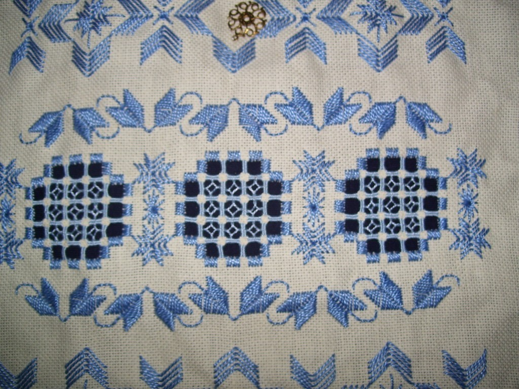 hardanger embroidery1