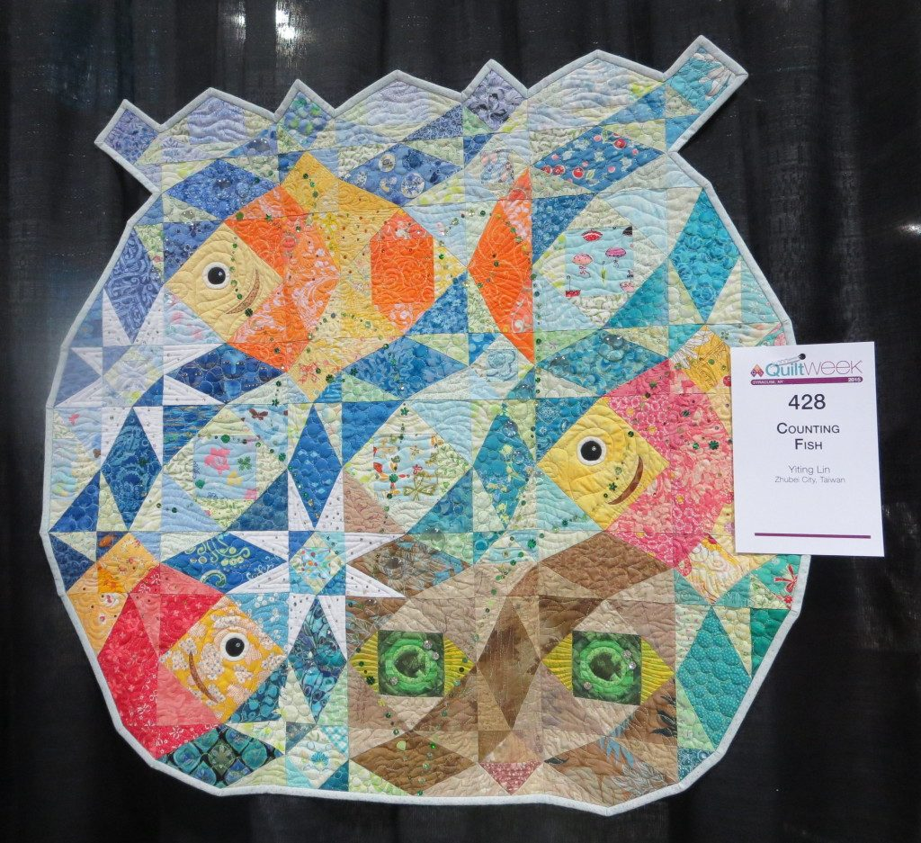 Yiting Lin Vhttp://sunnydayquiltingandembroidery.com/category/quilt-shows/